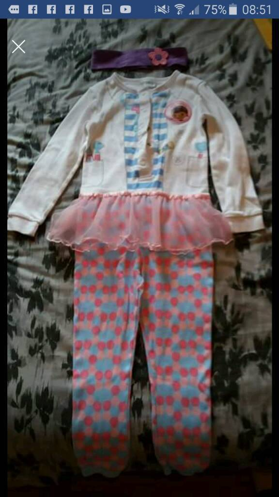 Disney Doc McStuffin onesie/dress up outfit 3-4 years unworn