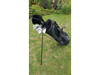 Set of junior golf clubs
