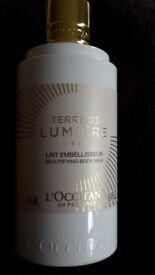 L'OCCITANE L'EAU TERRE DE LUMIERE beautifying body milk