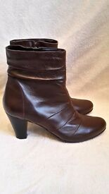 New Women's Brown Leather Ankle Boots Size 7