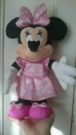 Dancing disney minnie mouse toy