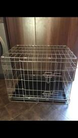 Small dog cage in perfect condition