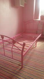 Pibk single bed