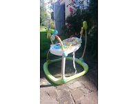 Fisher-Price Rainforest Spacesaver Jumperoo in excellent condition