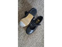 Ballet shoes girls size 10