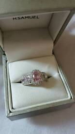 Ladies pink and silver ring