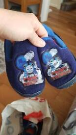 Slippers eu 27