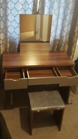 Dressing Table Set with Mirror (Makeup Table)