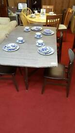 Table x 4 chairs 60 s Style tcl 11627
