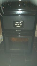 Black Hotpoint cooker