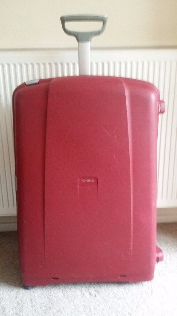 Samsonite Aeris 4 wheels Spinner, XL Hard suitcase 81cm, very good condition