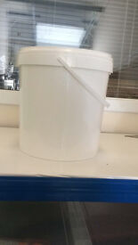 Plastic Buckets Tubs Containers with Lids- Used for storage non hazardous silicone - 25 kg