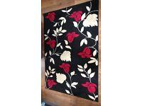 Beautiful Black Red Cream Fleur Verona Rug 120cm by 170cm Hardly Used