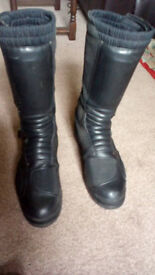 Oxtar motorcycle boots for sale size 10 uk in good condition