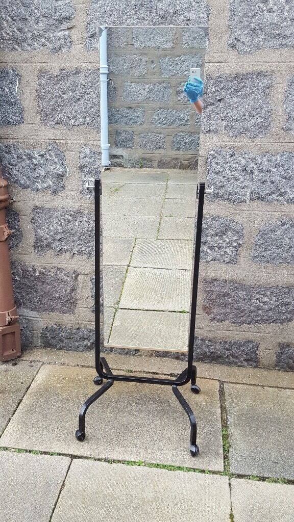 Free Standing Mirror On Wheels
