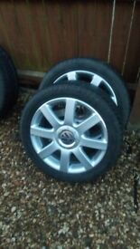 Set of four alloy wheels for mk5 touran scirocco and others. Great condition. 5x112