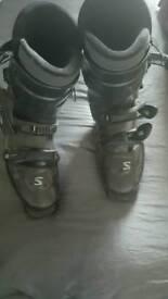 Salamon mens ski boots size 8