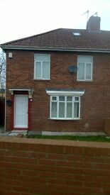 Immaculate 4/5-bedroom semi-detached house to rent in Felling, Gateshead