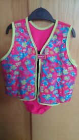 Speedo Sea Squad Swim Vest age 4-5