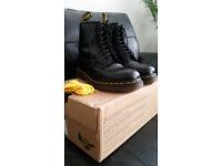 Dr Martens Original smooth boots, black, uk size 6