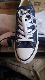ladies navy blue converse brand new in box size 5