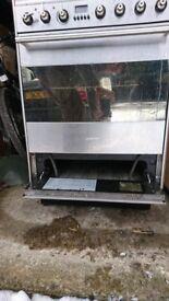 SMEG - free standing oven and hob