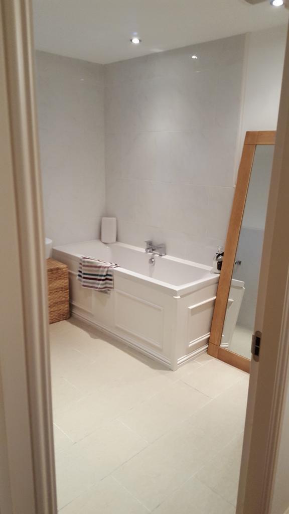 Bath and Bath Taps - luxurious deep bath and bath taps for sale