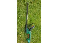Qualcast 18v Li-Ion Cordless Hedge Trimmer, with battery and charger