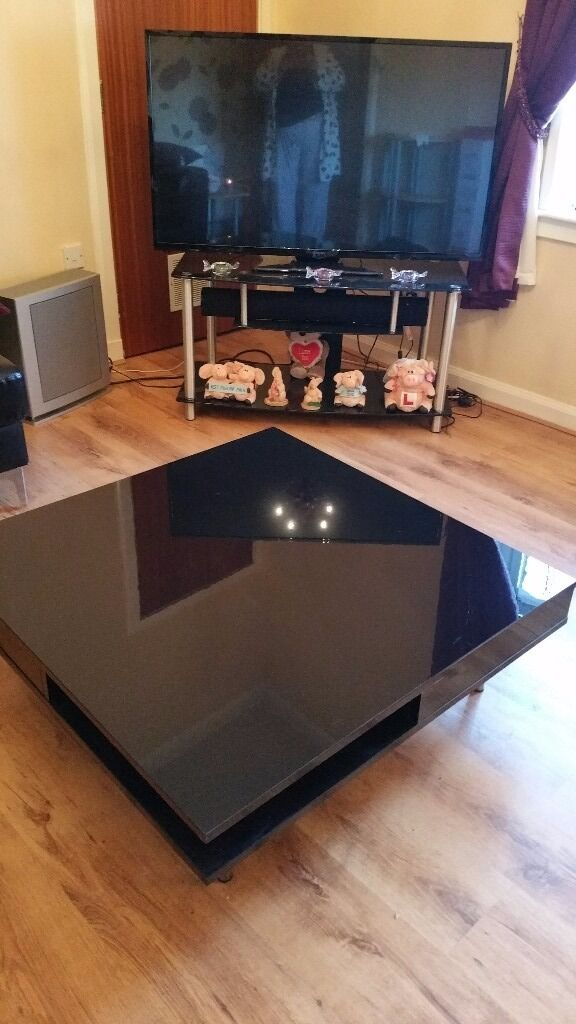I have coffee table and tv unit both black i need gone as i am changing to wooden furniture