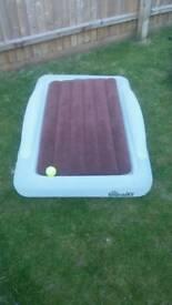 Children's airbed