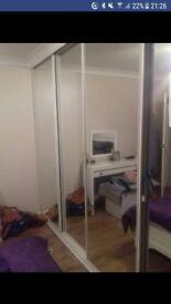 Mirror sliding doors x 5