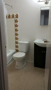 Beautiful Townhome for Nov. starting at $949.00!!! Move-In Bonus