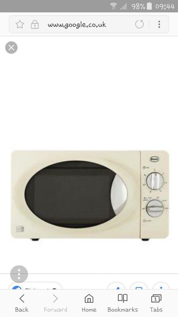 Swan Cream Microwave Oven
