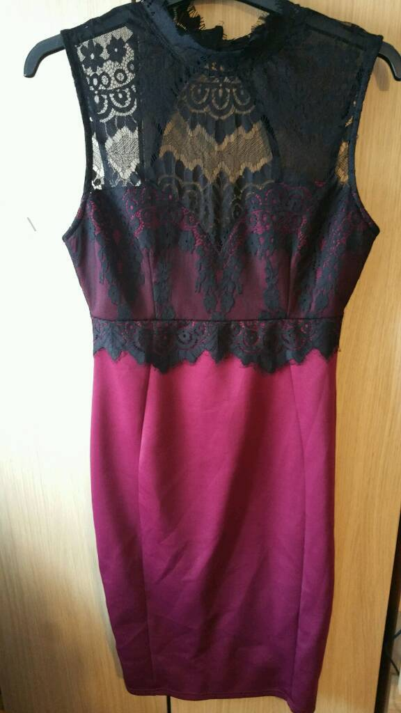 Dress, Lipsy/michelle keegan collectionin Ipswich, SuffolkGumtree - Black and purple/red dress, from the michelle keegan range/Lipsy. Worn one for a wedding, and has been professionally dry cleaned. Gorgeous dress, lace trim sits on your neck, size 10! Any questions please ask