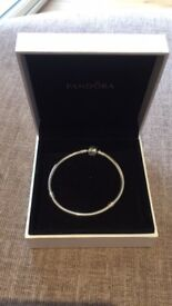 Pandora Bracelet in Box - Ladies Size S - Excellent Condition, Hardly Worn