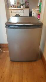 🍉🍇Hotpoint 🍎60cm 🍍under counter fridge 🍆free local delivery 🍊