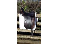 "Albion dressage saddle. good condition 17.5"" Medium fit"