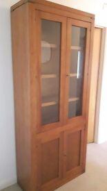 *** Excellent condition wooden storage/ display cabinet***