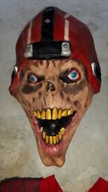 American Football Gridiron Zombie Fancy Dress Halloween Outfit XL Massive Latex Rubber Head & Feet