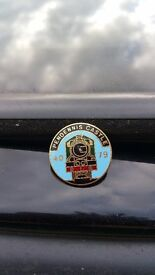 Pendennis pin badge