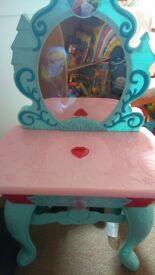 Disneys FROZEN vanity table