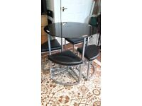 Glass Table & stools - DELIVERY AVAILABLE 🚚🚚🚚🚚