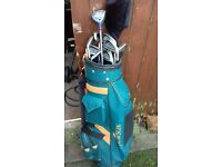 howson midsize golf clubs and bag