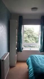 Bright spacious quiet flat in Edinburgh