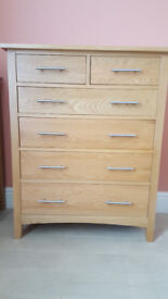 Solid Oak Handmade Chest of Drawers (6) with brushed Chrome Handles – Mint Condition