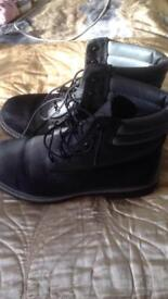 100 percent Genuine Timberland boots size 6