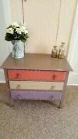 Shabby chic Oak chest hand painted in Annie Sloan chalk paint