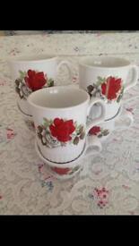 6 vintage rose mugs