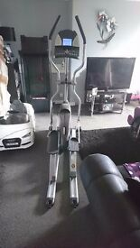 Andes 500 elite cross trainer