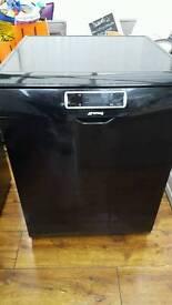 SMEG freestanding full sized dishwasher